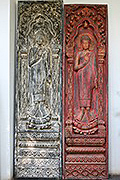 Y 2 Bas- Relief:2Heihgt, 2 metres(+60cn for the red) Total 2 Withs equale =98 cm  USD 2200 each